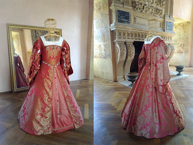 Costumes historiques